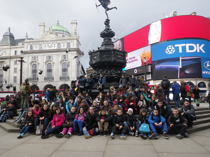 Voyage scolaire GB 2013 - London, Picadilly Circus